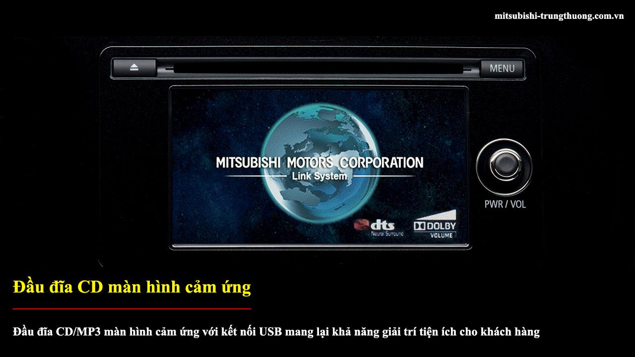 Mitsubishi Outlander 1 cầu 2.0 CVT trang bị đầu đĩa CD màn hình cảm ứng
