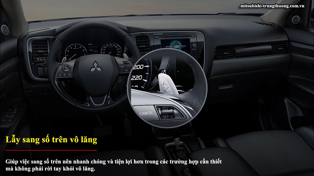 Mitsubishi Outlander 1 cầu 2.0 CVT có lẫy sang số trên vô lăng