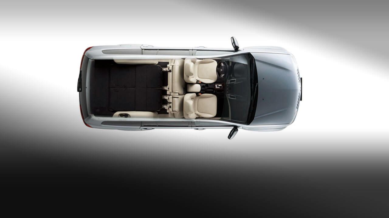 Xe Mitsubishi Pajero Sport máy xăng số tự động có thể gập được hàng ghế thứ 3 gập phẳng xuống bằng sàn xe