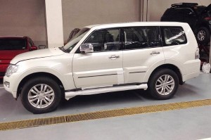 2015-Mitsubishi-Pajero-GLS-3-8L-V6-MIVEC-4X4-AT_1