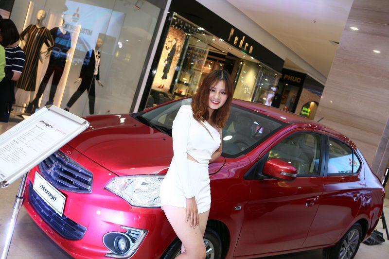 Mitsubishi Attrage 2017 ngoại thất đỏ