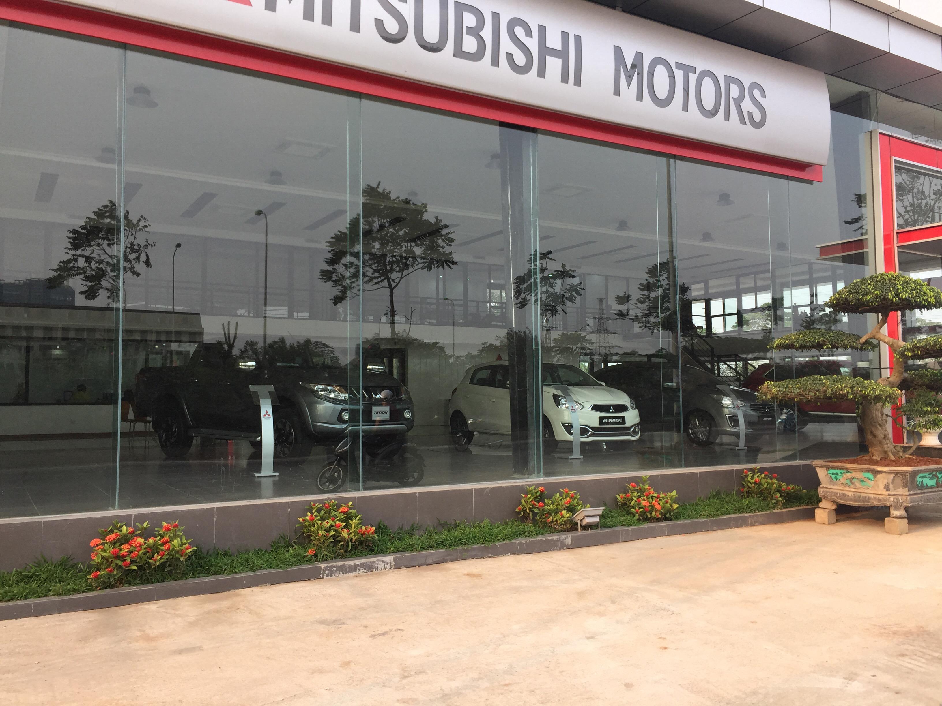 xe oto triton tại Mitsubishi Trung Thượng