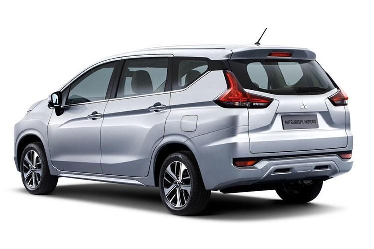 giá Mitsubishi Expander 2018
