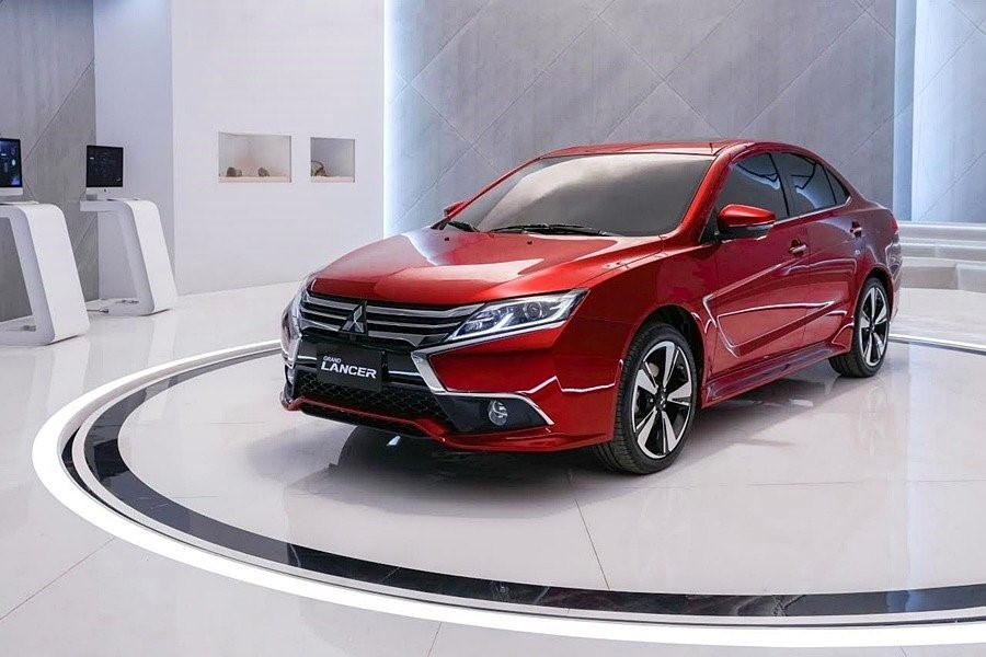 Mitsubishi-Grand-Lancer-2018-3
