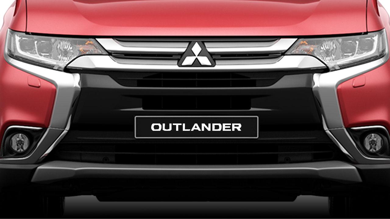 Mitsubishi Outlander 2017 lưới tản nhiệt mạ crom