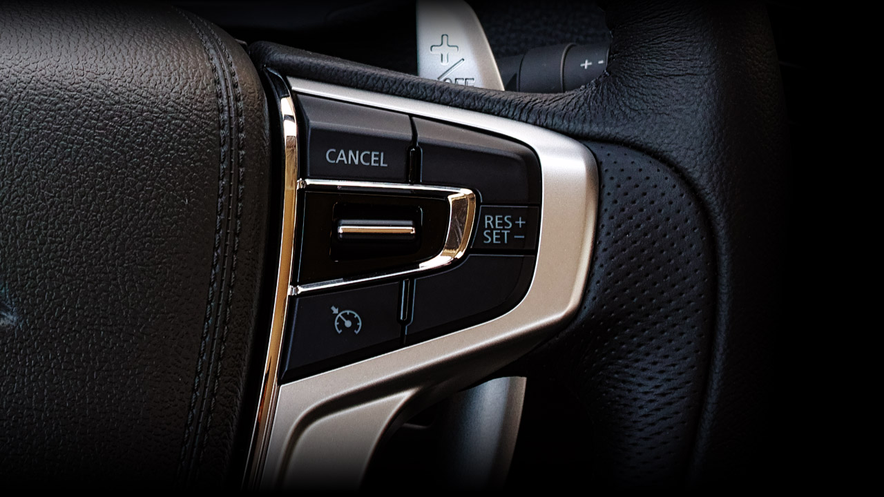 Mitsubishi Triton 2017 trang bị kiểm soát hành trình