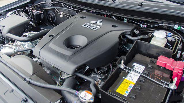 Mitsubishi Triton MIVEC 2018 trang bị động cơ MIVEC