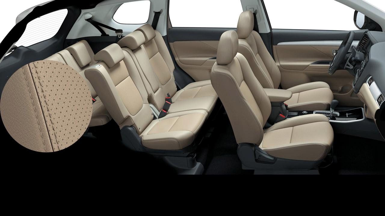 Mitsubishi outlander 2 cầu 7 chỗ 2.4 cvt trang bị ghế da với ghế lái chỉnh điện