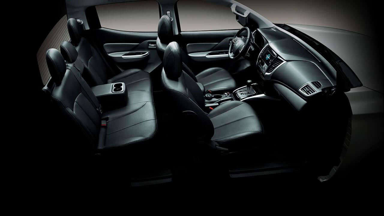 Mitsubishi triton số tự động 2 cầu với thiết kế J-LINE, thoải mái với những hành trình mới