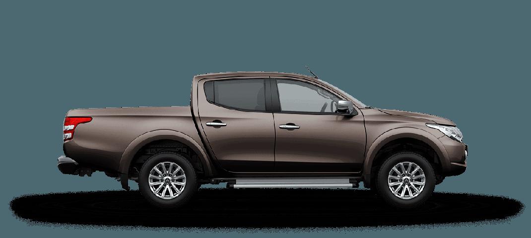 Mitsubishi Triton MIVEC 2 cầu màu nâu sắc nét